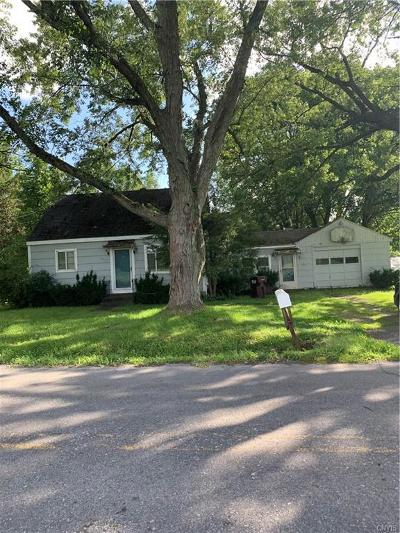 New Hartford Single Family Home For Sale: 9402 Sessions Road
