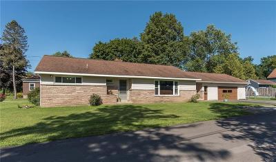 New Hartford Single Family Home For Sale: 1 Gerry Avenue