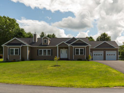 Watertown Single Family Home For Sale: 22570 Cullen Drive