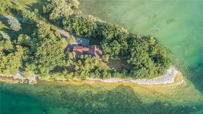 Jefferson County Single Family Home For Sale: 35623 Beadles Point Road
