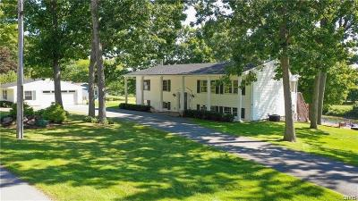 Jefferson County Single Family Home For Sale: 172 N Shore Drive