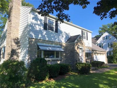 Utica Single Family Home For Sale: 901 Parkway