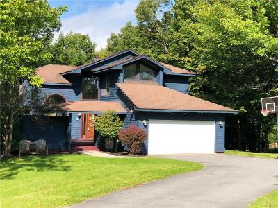 New Hartford NY Single Family Home For Sale: $325,000