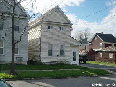 Watertown-City Single Family Home For Sale: 333 N Hamilton