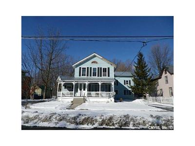 Multi Family 5+ S-Closed/Rented: 139 Winslow Street #1,2,3,4,
