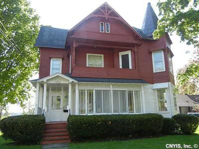 Single Family Home Sold: 7592 Park Avenue