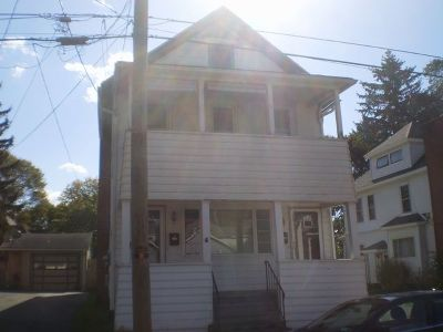 Jamestown Multi Family Home For Sale: 222 Price Street