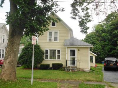 Single Family Home For Sale: 21 Highland Ave.