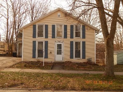 Fredonia Single Family Home For Sale: 69 Eagle Street