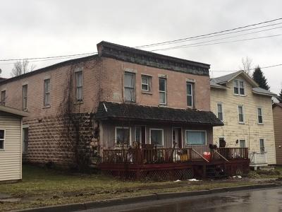 Multi Family Home For Sale: 152-154 Baker