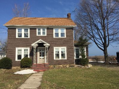 Ripley Single Family Home For Sale: 115 W. Main Street
