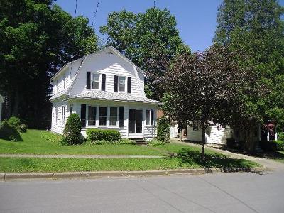 Ashville, Busti, Falconer, Frewsburg, Gerry, Jamestown, Lakewood Single Family Home For Sale: 509 Towner Ave