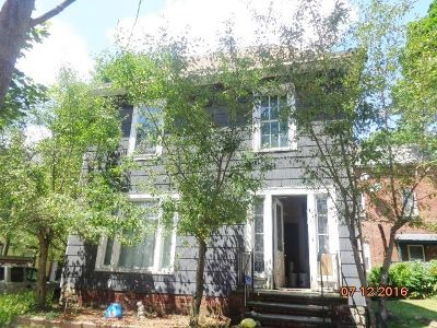 Jamestown Single Family Home For Sale: 13 E. 15th Street