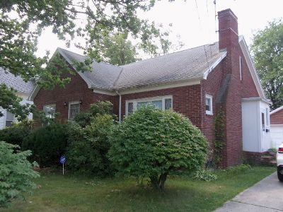 Dunkirk Single Family Home For Sale: 639 S. Roberts