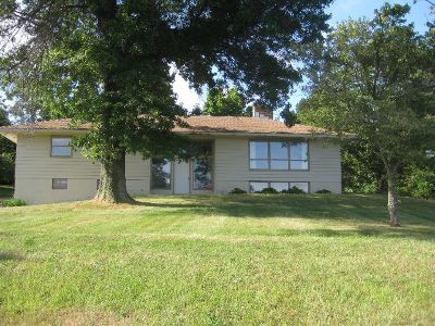 Westfield Single Family Home For Sale: 8379 Hardscrabble Rd.