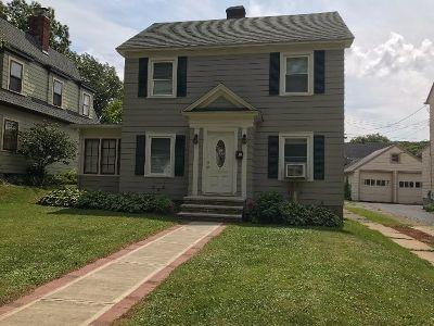 Jamestown Single Family Home For Sale: 39 Ellis