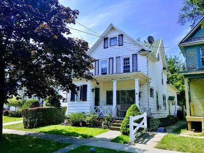 Dunkirk Single Family Home For Sale: 723 Deer St