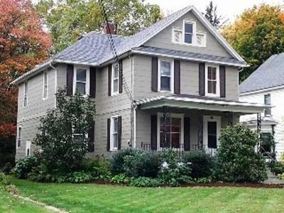 Fredonia Single Family Home For Sale: 50 Maple Ave