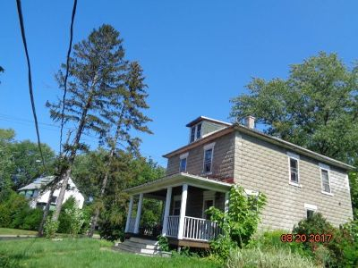 Silver Creek Single Family Home For Sale: 2 Henry St.