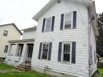 Falconer Multi Family Home For Sale: 114 E. Elmwood Ave.