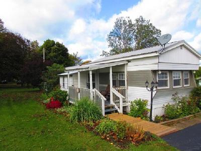 Portland Single Family Home For Sale: 6310 Rte 20 East Main St