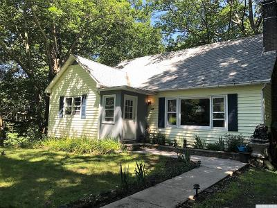 Durham Single Family Home For Sale: 21 Stone Bridge Ext. Road