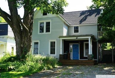 Hillsdale NY Single Family Home For Sale: $279,000