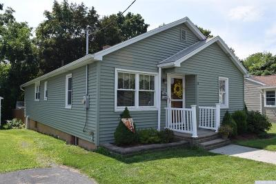 Hudson NY Single Family Home For Sale: $174,900