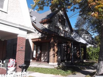Hudson Multi Family Home For Sale: 22 Parkwood Boulevard