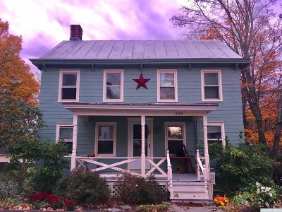 Columbia County Single Family Home For Sale: 208 Maple Avenue