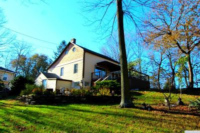 Claverack NY Single Family Home For Sale: $109,900