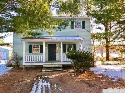 Stockport NY Single Family Home For Sale: $169,000