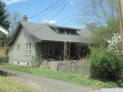 Claverack NY Single Family Home For Sale: $180,000