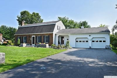 Kinderhook NY Single Family Home For Sale: $299,900