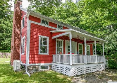 Chatham Single Family Home For Sale: 4 Cotter Road