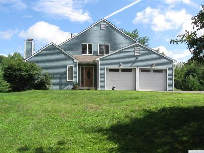 Rensselaer County Single Family Home For Sale: 18 Nittany Way