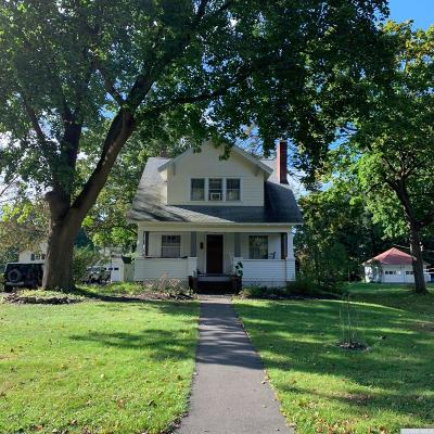 Chatham Single Family Home For Sale: 28 Payn Avenue
