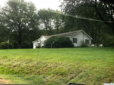 Canaan NY Single Family Home For Sale: $210,000