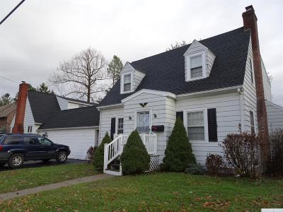 Greenport NY Rental For Rent: $1,650