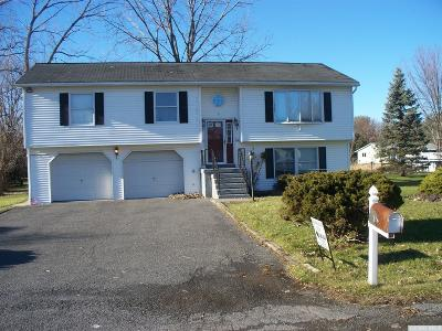 Athens NY Rental For Rent: $1,700