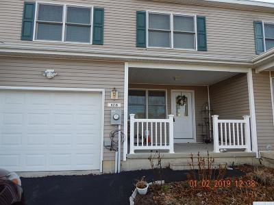 Greenville NY Single Family Home For Sale: $180,000