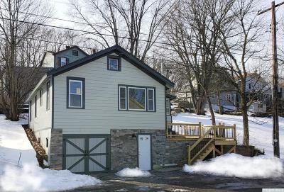 Catskill NY Single Family Home For Sale: $144,000