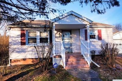 Catskill NY Single Family Home For Sale: $149,900