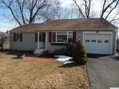 Greenport NY Single Family Home Accepted Offer: $189,000