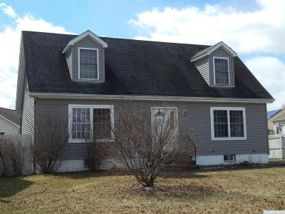 Greenport NY Single Family Home For Sale: $189,000