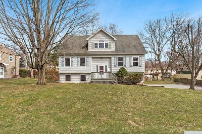 Dutchess County Single Family Home Accpt Offer Ok 2 Sho: 5 Margaret Street