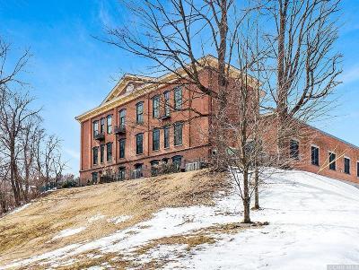 Kingston Single Family Home Accepted Offer: 214 W Chestnut Street #101
