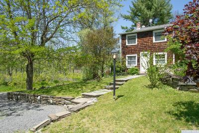Single Family Home For Sale: 25 Quarfelt Road