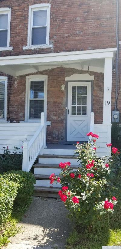 Single Family Home For Sale: Prospect St