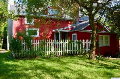 Saugerties NY Single Family Home For Sale: $399,000